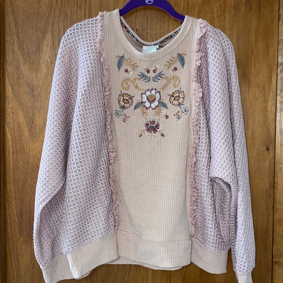 Knox Rose Bat Long Sleeve Embroidered Sweater